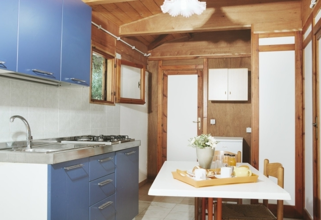 Bungalow Kitchenette