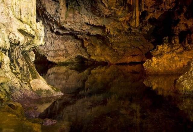 Cuevas de Nettuno